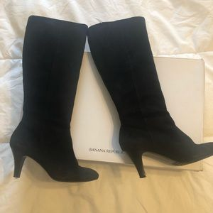 Gorgeous sided Banana Republic boots